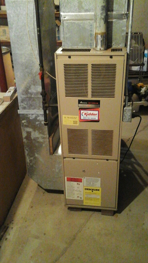 Concord, MI - Performed a precision tune-up on a Amana GUI, 80% furnace with a 20 x 25 x 1 fiberglass air filter and condensate pump.