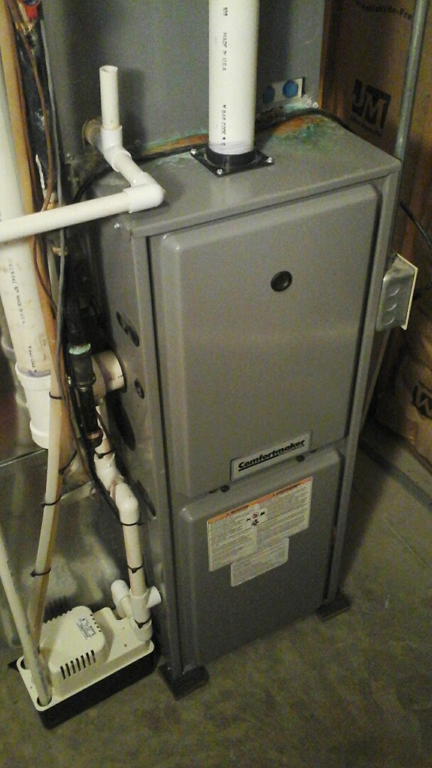 East Leroy, MI - Performed a precision tune-up on a comfort maker 90% furnace.