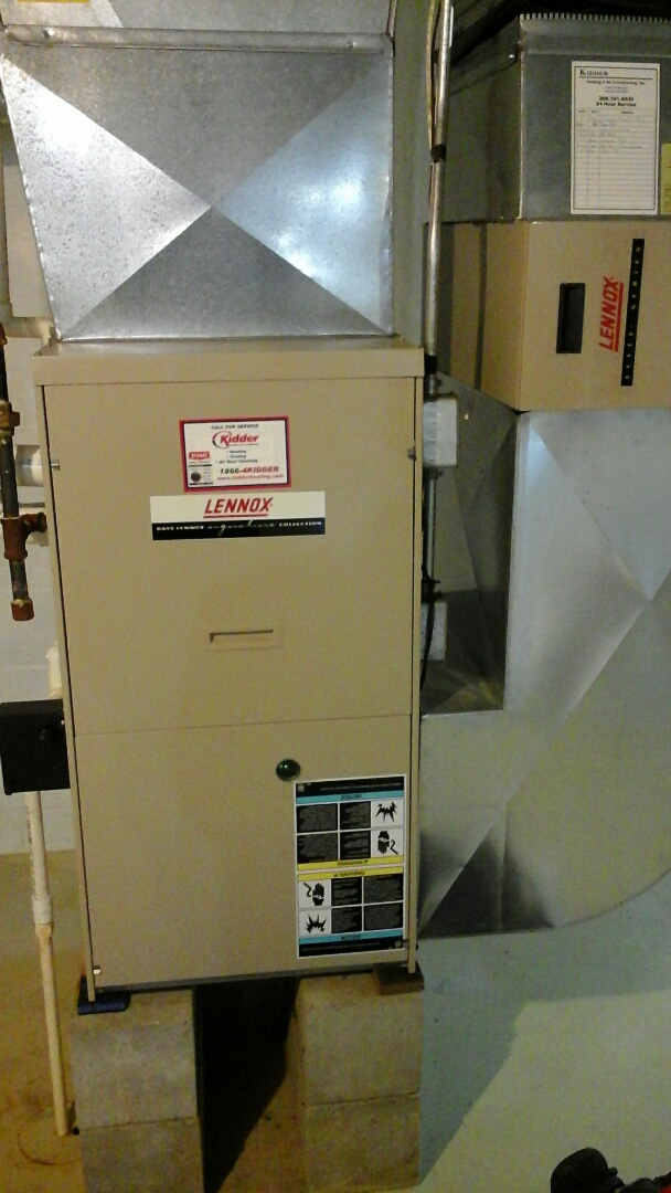 Burlington, MI - Performed a precision tune-up on a Lennox G61MPV, 90% furnace with a PMAC -12C media air filter.