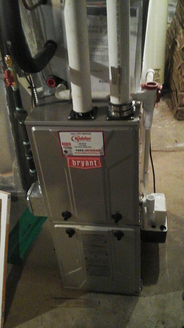 Bellevue, MI - Performed a precision tune-up on a 95% efficient Bryant furnace with a 16 � 25 � 4 media air filter.