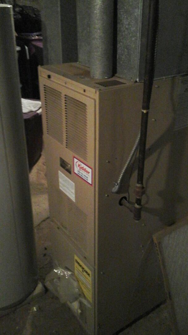 Marshall, MI - Emergency installation of a control board on a Amana furnace.