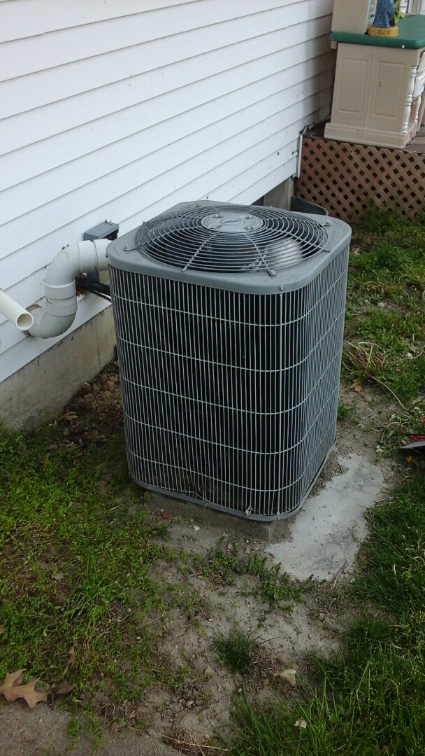 Battle Creek, MI - Carrier air conditioning system making noise