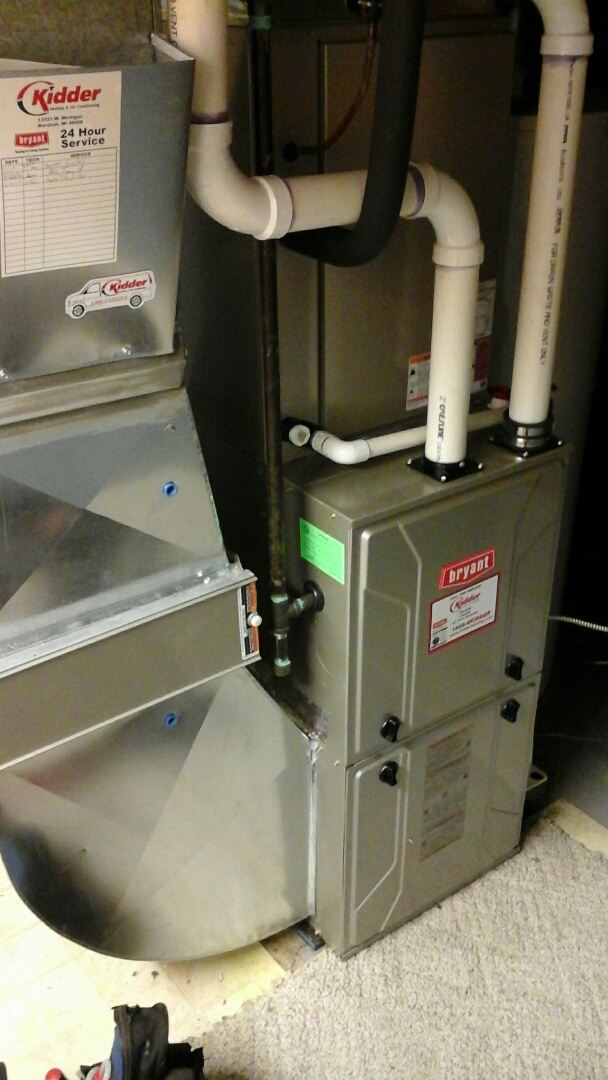 Albion, MI - Yearly maintenance tune-up on a high efficiency Bryant furnace with a 16 � 25 � 4 ezflex media air filter and condensate pump.