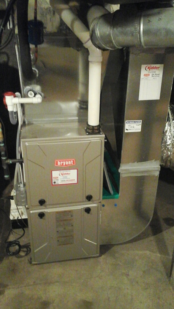 Union City, MI - Installation of new high efficiency Bryant furnace with humidifier and condensate pump.