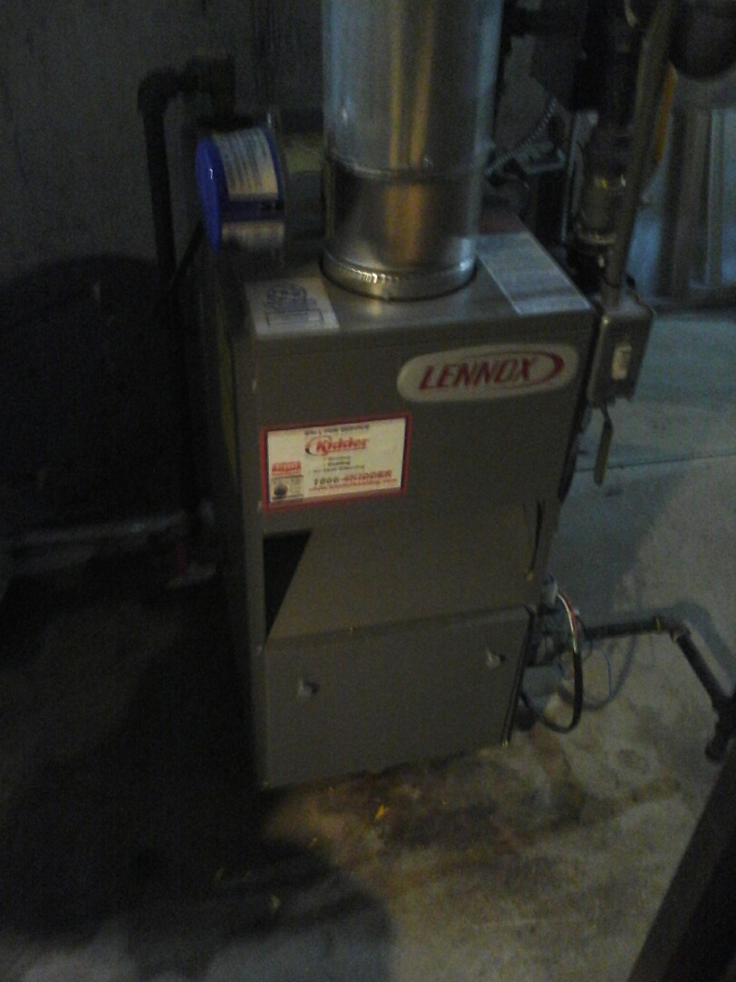 Battle Creek, MI - Boiler tune up on a Lennox GWB8-105E
