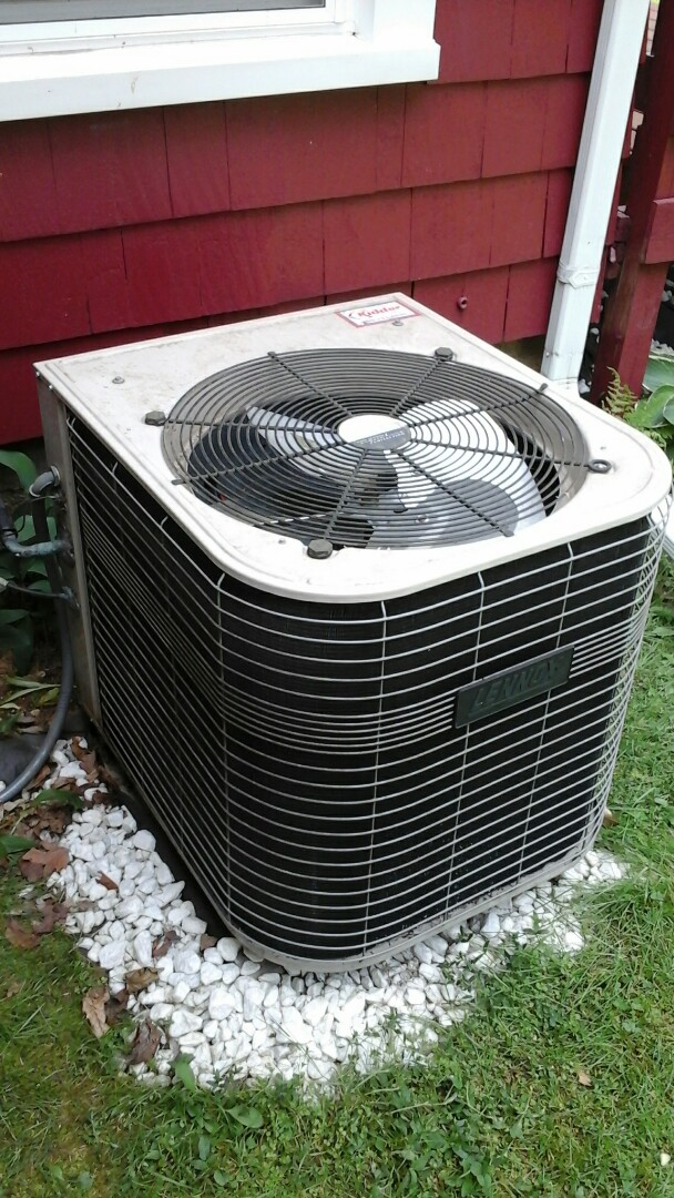 Marshall, MI - Lennox air conditioning system low on refrigerant charge