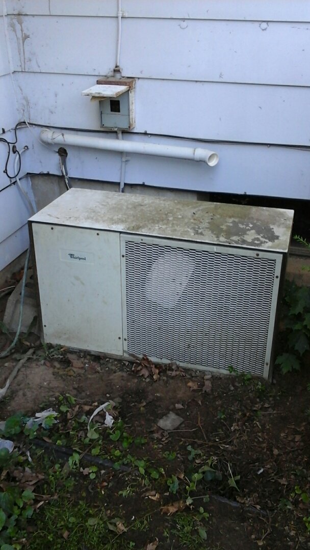 Marshall, MI - Electrical problems with whirlpool air conditioner