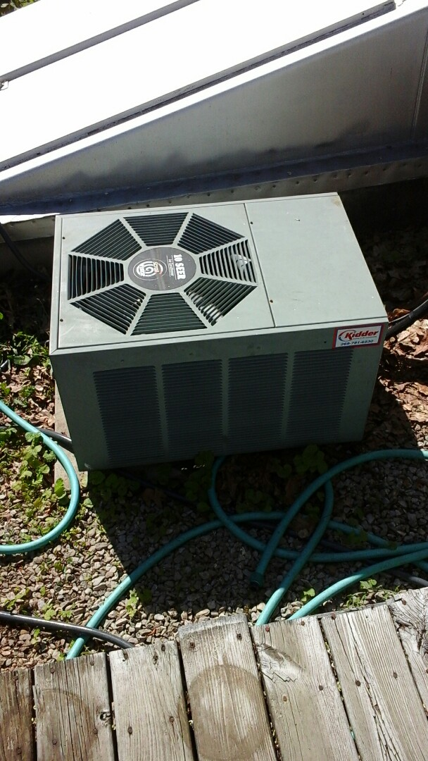 Marshall, MI - Yearly maintenance tune-up on a Rheem classic air-conditioning unit with R - 22 refrigerant charge and replaced the dual run capacitor and 16 x 25 x 4 media air filter.