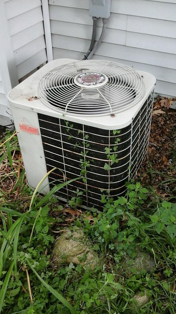 Bellevue, MI - Bryant air conditioner making noise