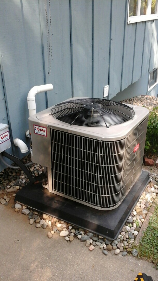 Marshall, MI - Yearly maintenance tune-up on a Bryant Legacy air-conditioning unit with R410A refrigerant charge and a 16 � 25 � 4.5 media air filter and condensate pump with EZ-TRAP drain system.