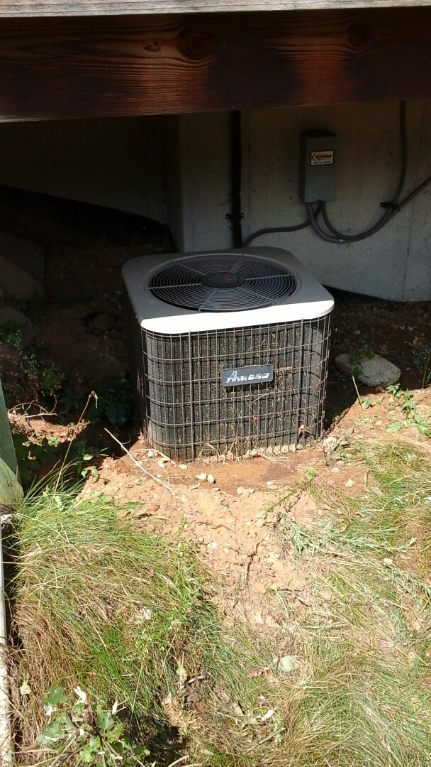 Marshall, MI - Yearly maintenance tune-up on a Amana RCB air conditioning unit with R - 22 refrigerant charge and a 16 � 25 � 5 media air filter and condensate pump.