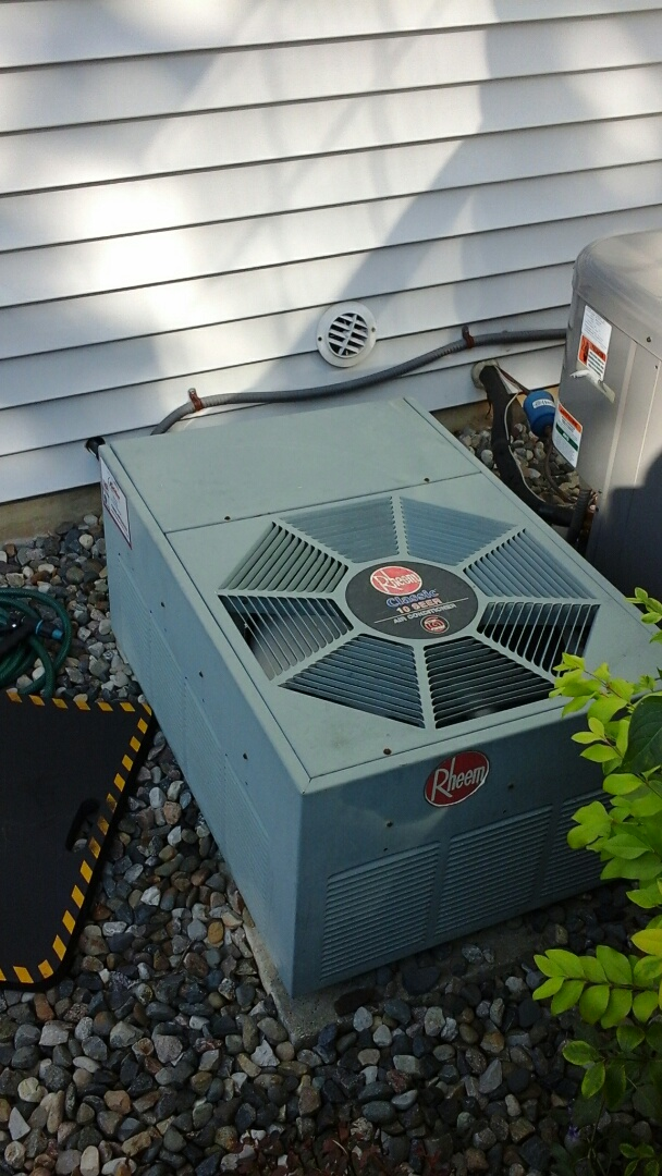 Marshall, MI - Yearly maintenance tune-up on a Rheem classic air-conditioning unit with R - 22 refrigerant charge and a 16 � 25 � 1 pleated air filter.