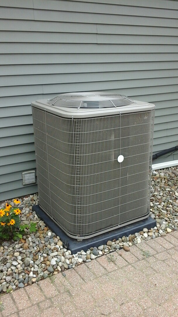 Marshall, MI - Yearly maintenance tune-up on a 5-ton Payne air conditioning unit with R410A refrigerant charge and a 20 x 25 x 5 media air filter and condensate pump with EZ-TRAP drain system.