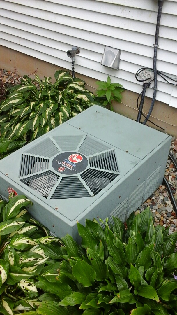 Marshall, MI - Rheem air conditioner out of freon