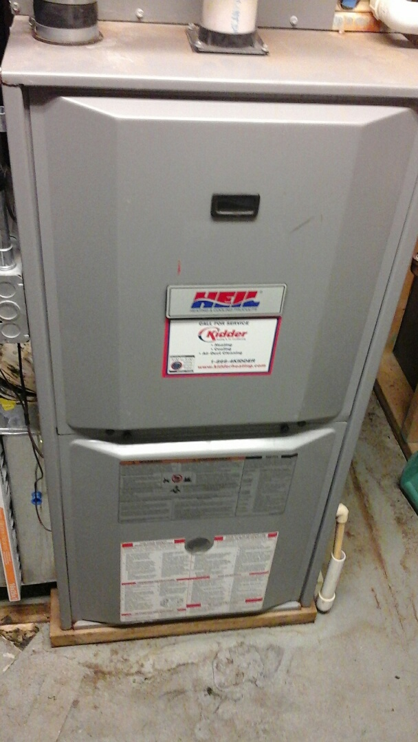Tekonsha, MI - Yearly maintenance tune-up on a HEIL furnace with a 16 � 25 � 1 pleated air filter.