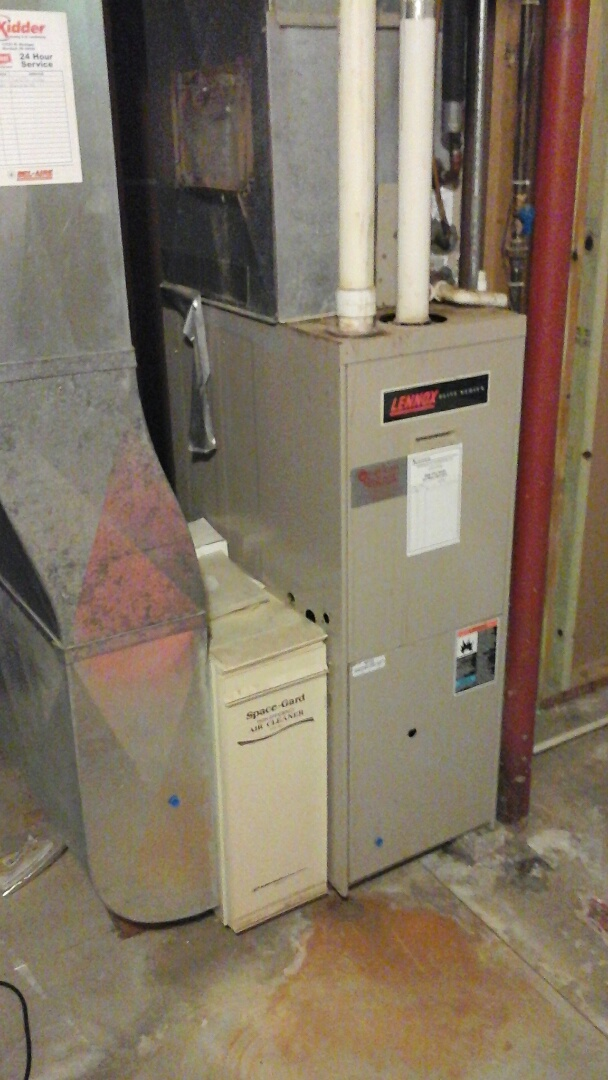 Bellevue, MI - Yearly maintenance tune-up on a Lennox G26Q3, condensing furnace with a model space-gard 2200 Aprilaire media air filter and HSI ignitor.
