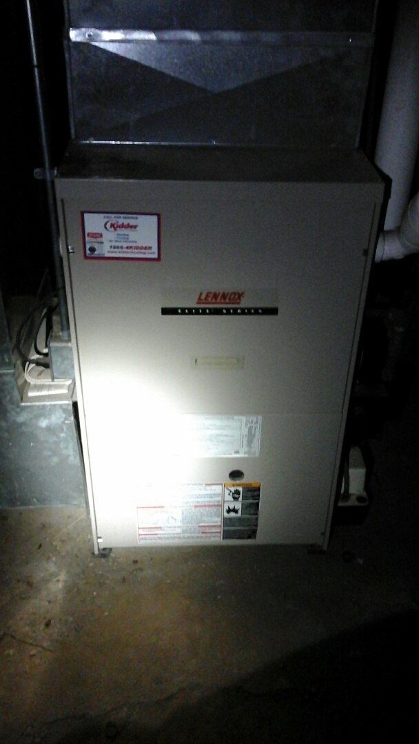 Bellevue, MI - Emergency replacement of a five-function thermostat on a Lennox G61MPV furnace.