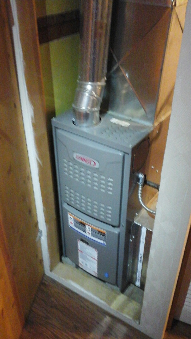 Bellevue, MI - Yearly maintenance tune-up on a Lennox 80% furnace with a 16 � 25 � 1 pleated air filter.