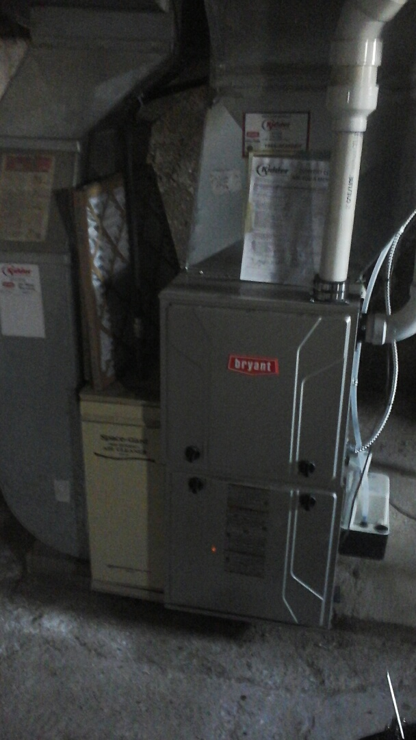 Olivet, MI - Yearly maintenance tune up on a Bryant condensing furnace with a 20 x 25 � 1 air filter and condensate pump.