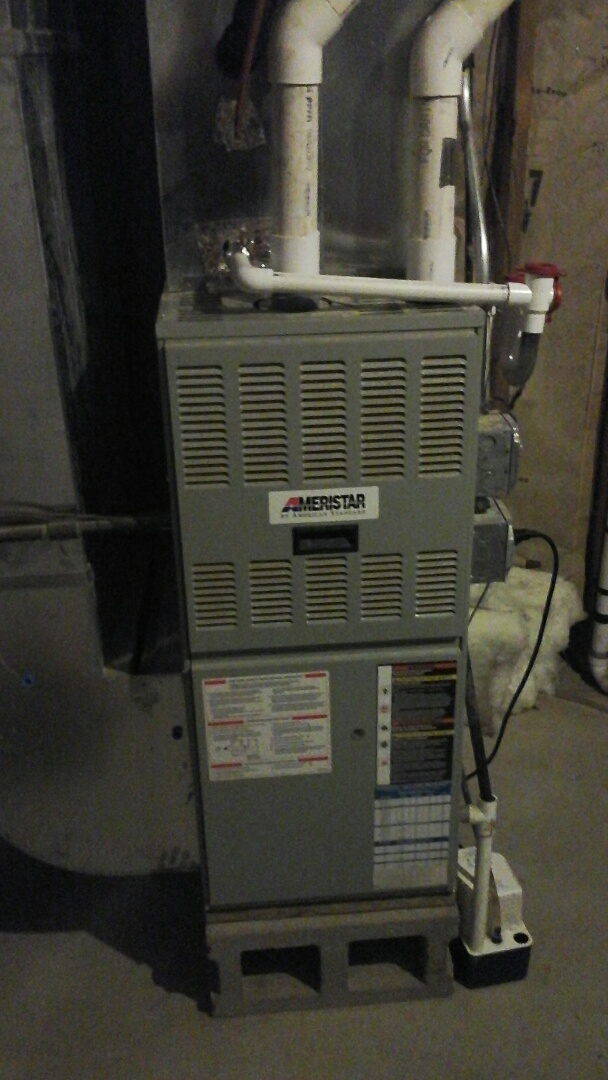 Olivet, MI - Yearly maintenance tune-up on a 90% efficient, American Standard furnace with a 16 � 20 � 1 pleated air filter and installation of a new draft Inducer motor.