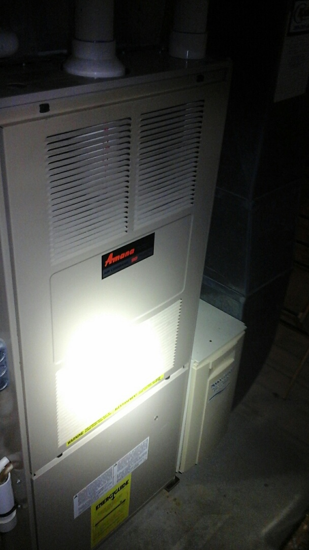 Bellevue, MI - Yearly maintenance tune up on a amana furnace with a #401 Aprilaire filter.