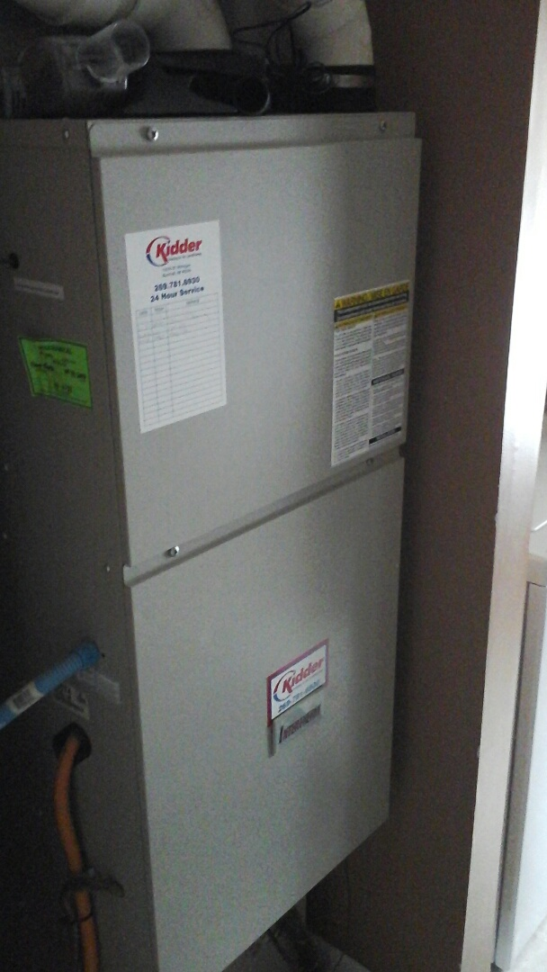 Bellevue, MI - Yearly maintenance tune-up on a Intertherm gas furnace.