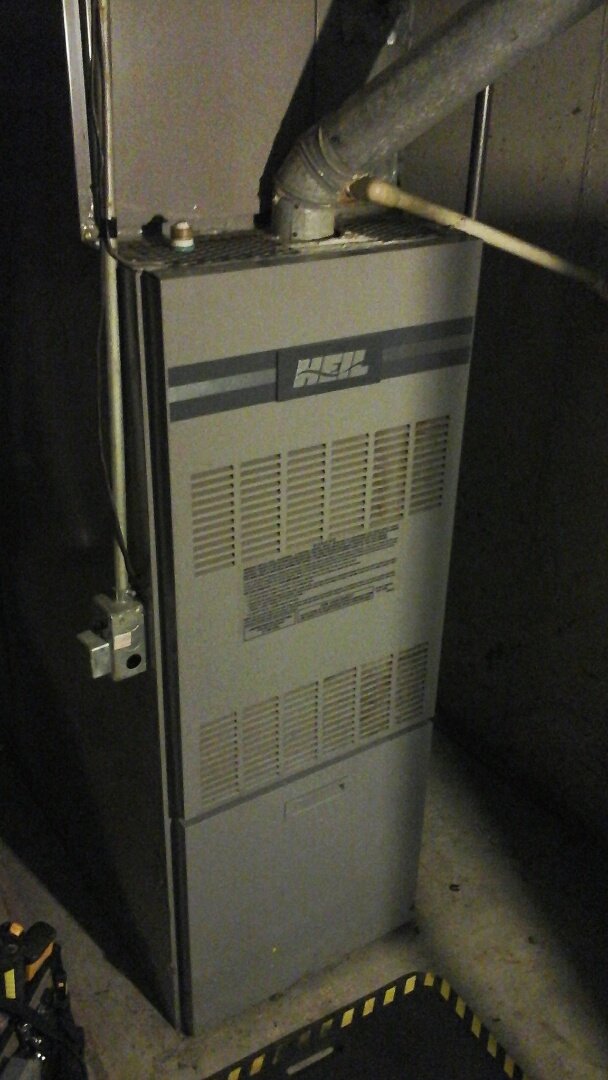 Ceresco, MI - Emergency replacement of the hot surface ignitor on a 80% efficient HEIL furnace.