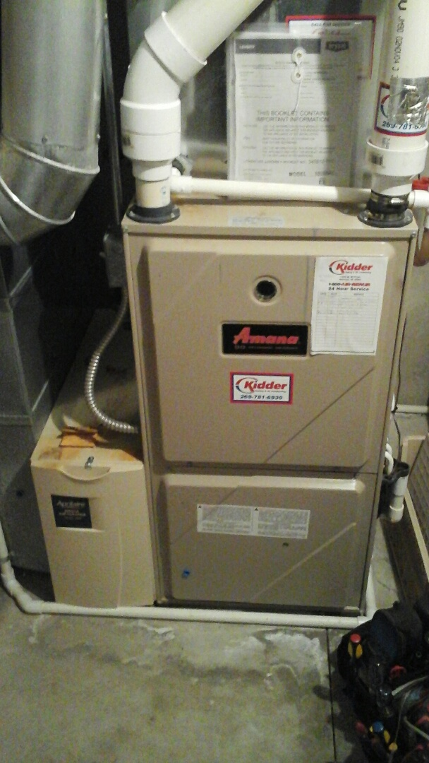 East Leroy, MI - Yearly maintenance tune-up on a Amana gas furnace with a 16 � 25 � 1 pleated air filter and condensate pump.