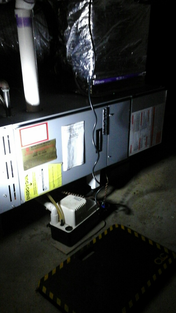 Battle Creek, MI - Yearly maintenance tune-up on a 90% efficient, Aire-flo, horizontal furnace.