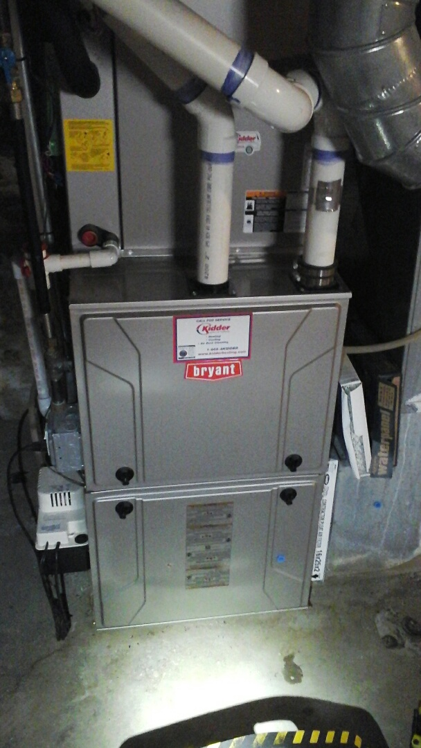 Battle Creek, MI - Yearly maintenance tune-up on a high-efficiency Bryant gas furnace with a 16 � 25 � 4 ezflex media air filter.