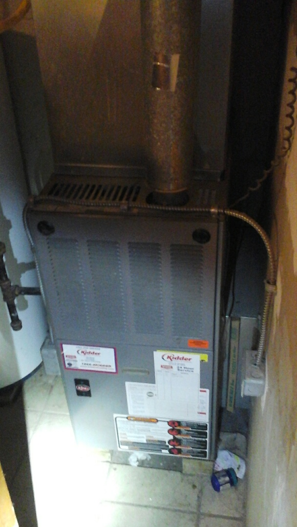 Ceresco, MI - Replacement of the hot surface ignitor on a 80 % efficient weather king furnace.