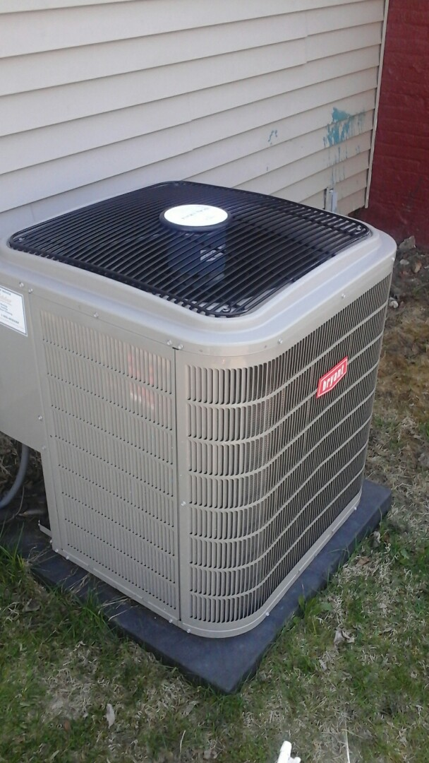 East Leroy, MI - Yearly maintenance tune-up on a Bryant evolution heat pump unit with R410A refrigerant charge and a 16 � 25 � 4 media air filter.