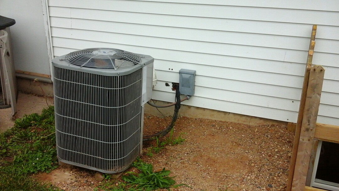 Battle Creek, MI - Carrier air conditioning tune-up maintenance