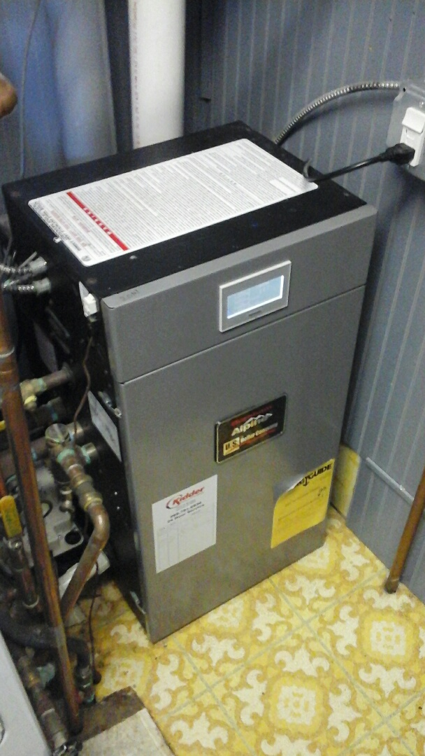 Homer, MI - Yearly maintenance tune-up on a high-efficiency Alpine, low-pressure boiler system.