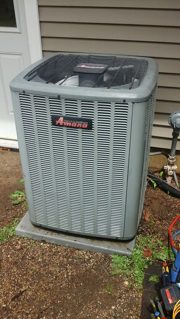 Battle Creek, MI - Yearly maintenance tune-up on a Amana RCB air conditioning unit with R - 22 refrigerant charge and a 20 x 25 x 4 media air filter.