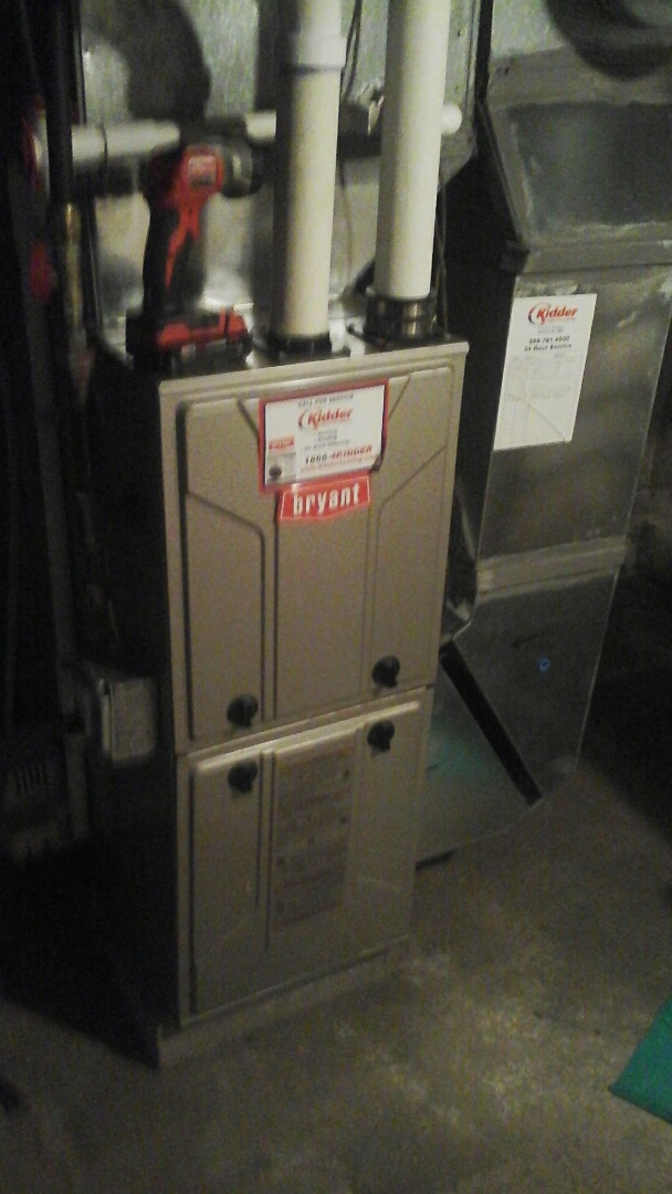 Marshall, MI - Furnace tune up on a Bryant condensing furnace with a 16 x25 x1 air filter and condensate pump.