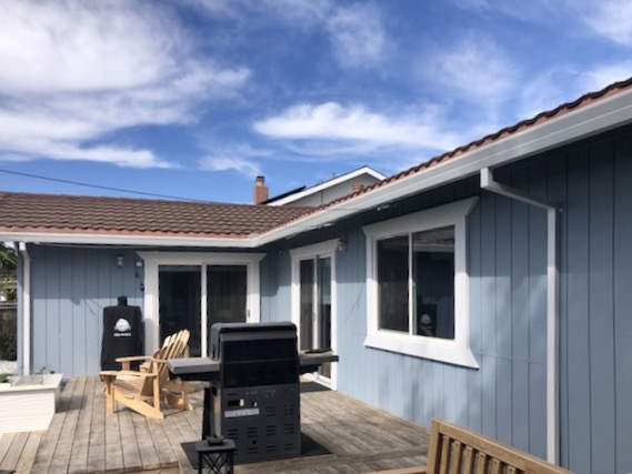Vallejo, CA - 212 feet of white seamless gutters on this beautiful Vallejo residence! All that plus 12 feet of micro-mesh means this house is stunning AND ready for winter. Bring on the rain!