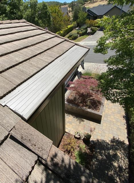 Santa Rosa, CA - Finished up this Santa Rosa home with a full set! This home is now protected with new gutters, downspouts, and gutter helmet; ready to keep out flammable debris and give residents a worry-free summer!