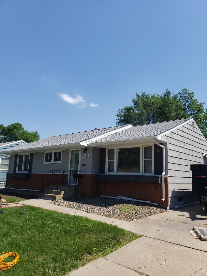 Saint Paul, MN - New roof installed using Certainteed Landmark in Birchwood.