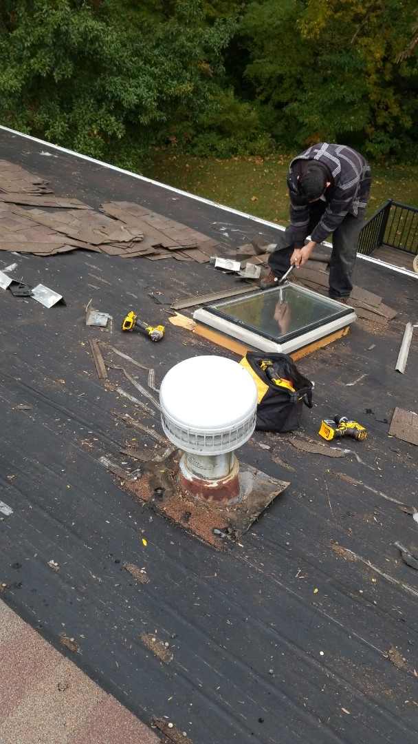 Bethalto, IL - New roof and skylights