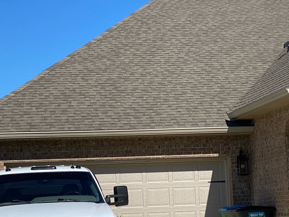 Installed a 6 inch seamless k style gutter in clay color made by Senox Corp