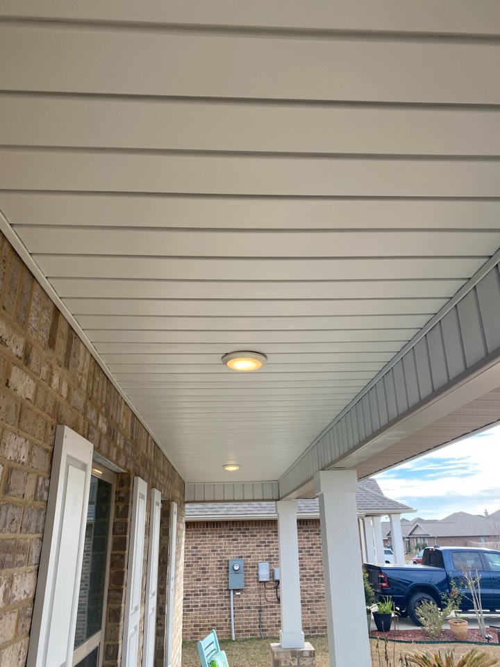 Crestview, FL - Painted the  vinyl soffit on this house in Crestview Fl