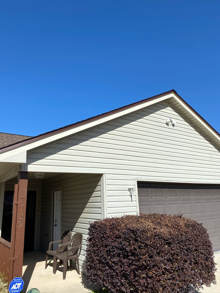 Pensacola, FL - New vinyl siding, new vinyl soffit, new facia metal we are also installing 6 inch seamless gutters in royal brown color with two downspouts almost house in Pensacola Florida