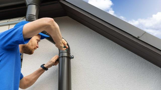 Brewton, AL - Seamless Gutters Cleaning Near Brewton AL : Gutter Solutions and Home Improvements is a trusted name when it comes to seamless gutters installation. You also may call us to clean your gutters for you if you don't have time  in covering them or cleaning them yourself.  Know How Much You Should Pay, Contact Us Here :  https://seamlessgutterspensacola.com/contact-us/