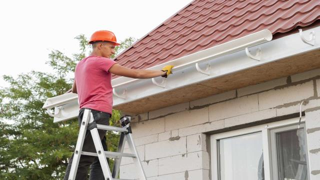 Atmore, AL - Seamless Gutters Repair Near Atmore :  We at Gutter Solutions and Home Improvements offer both residential and commercial gutter repair services. Visit us today for a free no-obligation quote.  Check This Out: https://seamlessgutterspensacola.com/gutter-services/