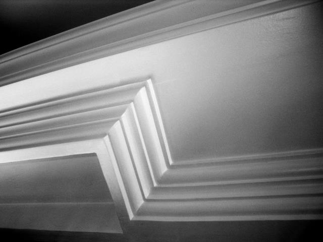 Seamless gutters are continuous gutters often made from aluminum, copper, painted steel, or zinc.