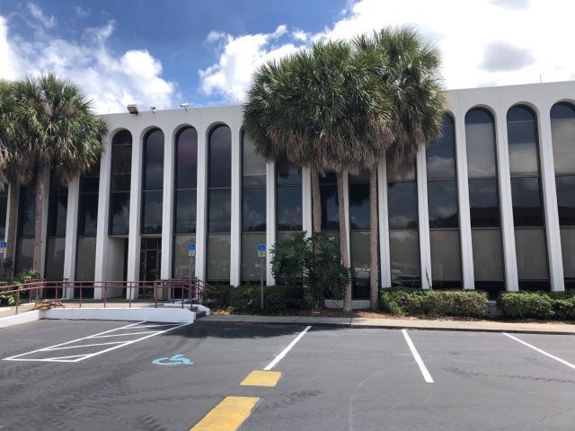 Orlando, FL - Replacing roof new 60mill TPO