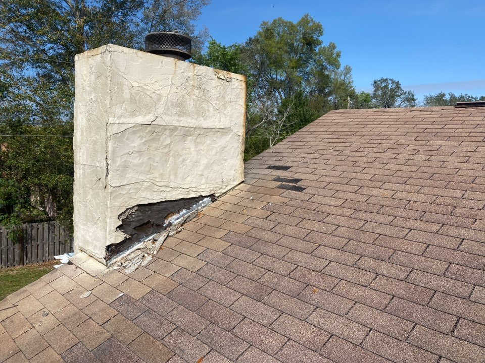 Orlando, FL - 3Tab shingle roof sustained wind damage and significant water intrusion to chimney strucuture. Time for a new 3 dimensional IKO Cambridge roof and chimney rebuild