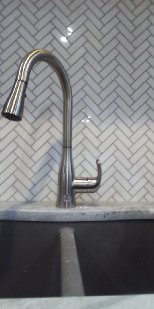 Collierville, TN - Replace kitchen faucet