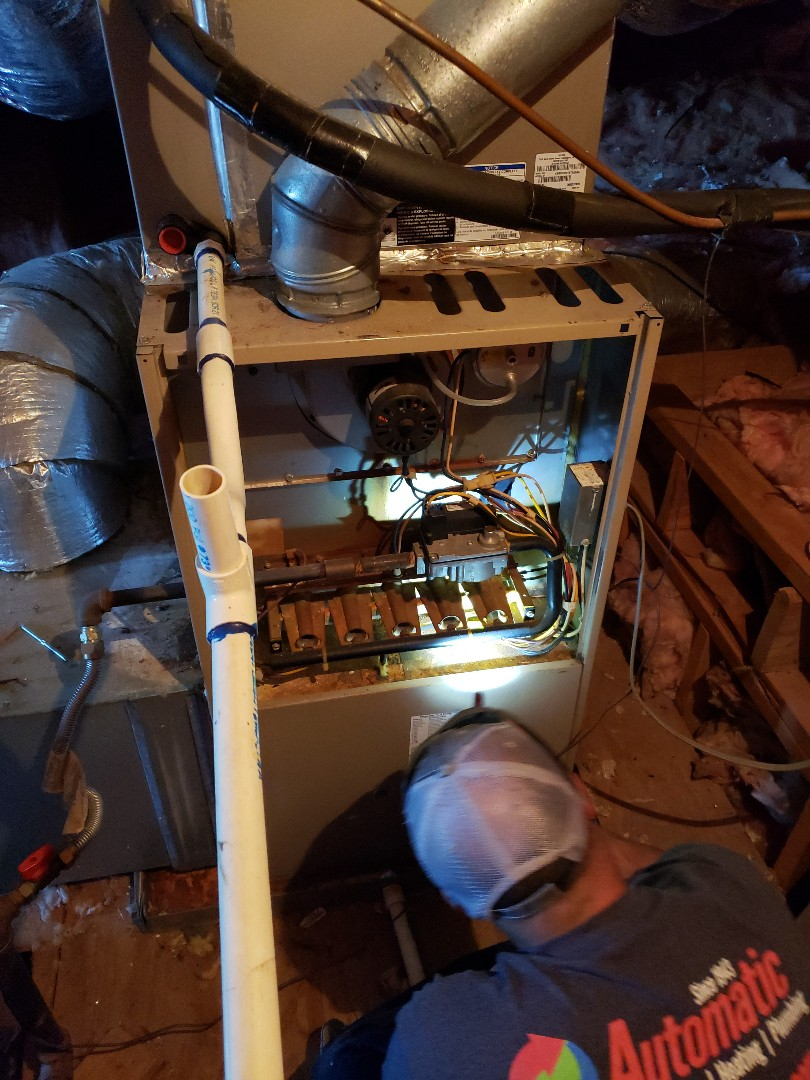 Southaven, MS - Working a furnace in southaven ms. No heat